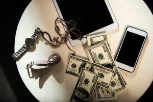 How to Move Your Valuables Safely – 8 Tips